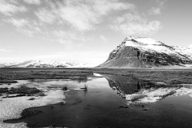 Fossstorfutindur, Iceland